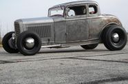 1932 Ford 5 Window Coupe View 1